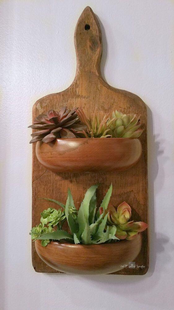 riciclare un vecchio talgiere in legno porta vasi